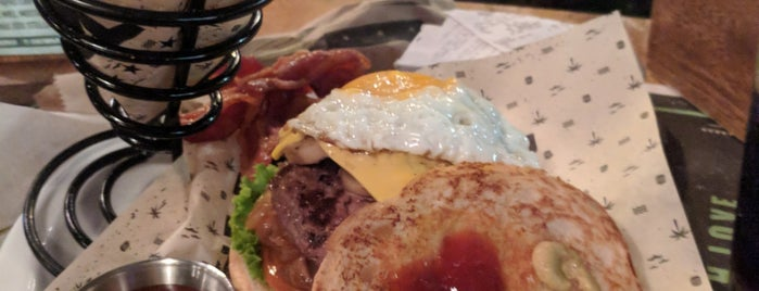 Chef Burger Artesanal is one of For Colombia.