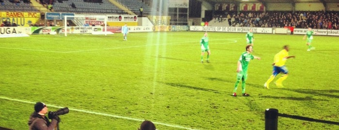 't Kuipje is one of Jupiler Pro League and Belgacom League - 2013-2014.