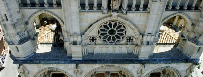 Catedral de Santa María y San Julián de Cuenca is one of ESCAPADA A CUENCA Y PROVINCIA.