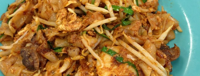 Sisters Char Koay Teow is one of KL Cheap Eats.