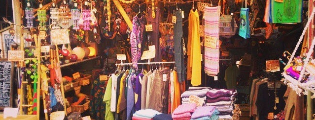 アジアン雑貨KALIMANTAN カリマンタン is one of Shopping.