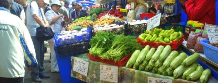 Женски пазар is one of Bulgariaaaa 🍹☀.