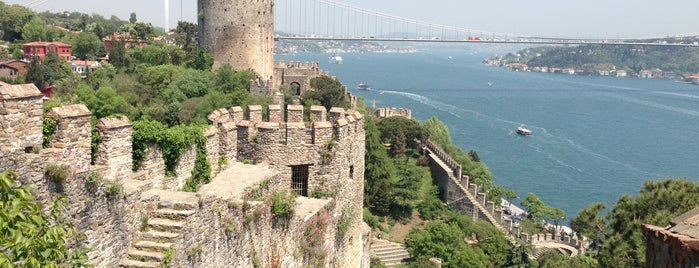 Rumeli Hisarı is one of İstanbul.