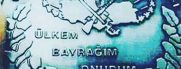 Hakkâri is one of Türkiye'nin İlleri.