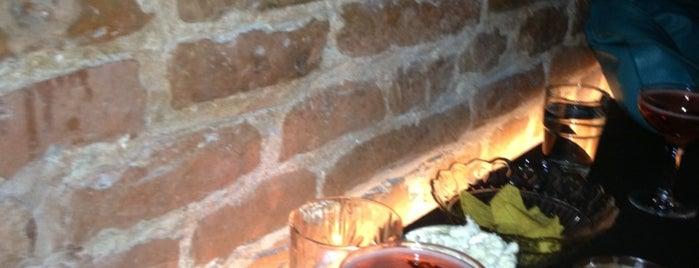 Hortense Spirits & Cocktails is one of Nos bars préférés à Bruxelles.