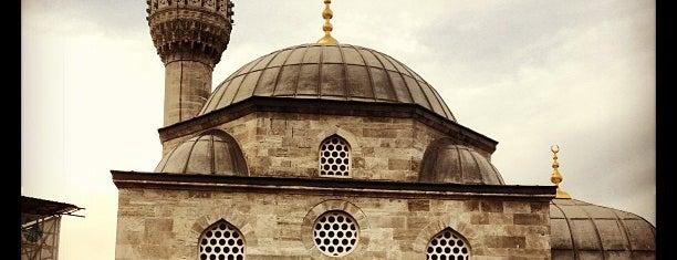 Şemsi Ahmet Paşa Camii is one of MİMAR SİNAN ESERLERİ.