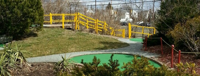 Spring Rock Golf Center is one of Mini-Golfing in NYC.
