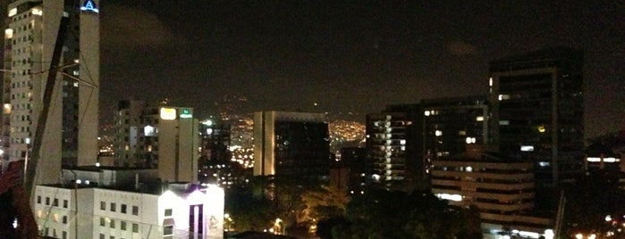 Delaire Sky lounge is one of RESTAURANTES MEDELLIN.