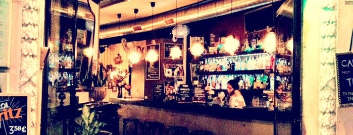 Foxy Bar is one of BarceCocktails.