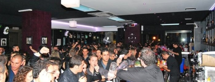 Cotton Club Cafe` is one of luoghi Palermo.
