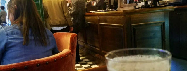 The Duke of Clarence is one of Best London Pubs.
