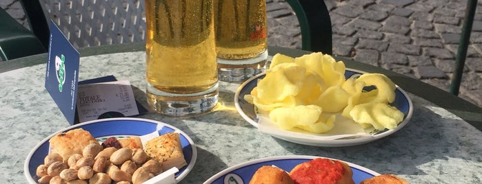 Bar Calise is one of Ischia.