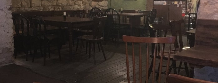 Nad Viktorkou is one of prazsky bary / bars in prague.
