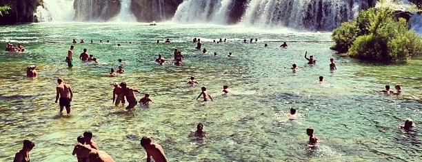 Krka Waterfalls is one of Expédition croate.