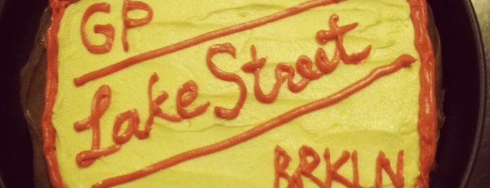Lake Street Bar is one of GREENPOINT!.