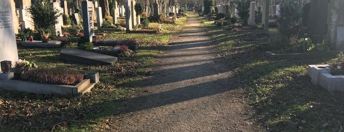 Ostfriedhof is one of All the great places in Munich.