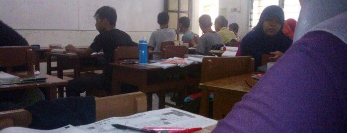 SMA Al-Islam 1 Surakarta is one of My List.