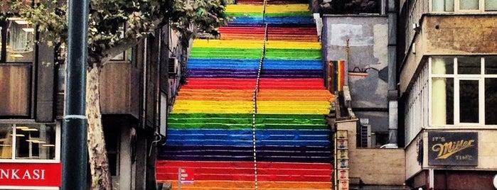 Fındıklı Renkli Merdivenler is one of Turkey.