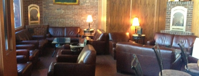 Stogeez Cigar Lounge is one of Watering Holes.
