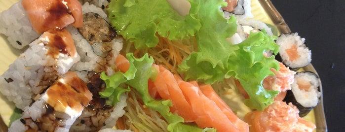 Iwata Sushi is one of Restaurante Japonês.