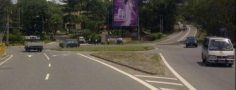 Kolej Sains Kesihatan Bersekutu is one of Learning Centers,MY #5.