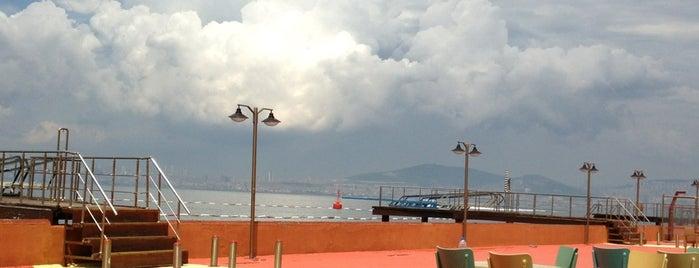 Kınalıada Su Sporları Kulübü (KSSK) is one of Spor Mekanları.