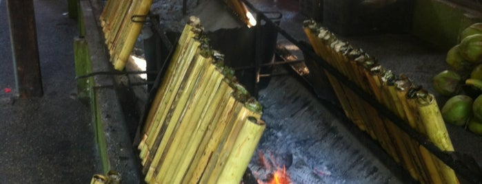 Lemang To'ki is one of Lugares favoritos de Rahmat.
