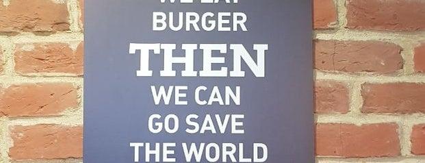 BB & Burgers is one of Бургеры в Питере.