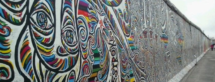 East Side Gallery is one of Go Ahead, Be A Tourist.