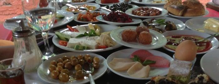 Marul Cafe is one of Kahvaltı.