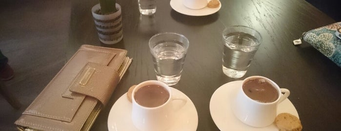 Be Coffee is one of Cafes in Nişantaşı.