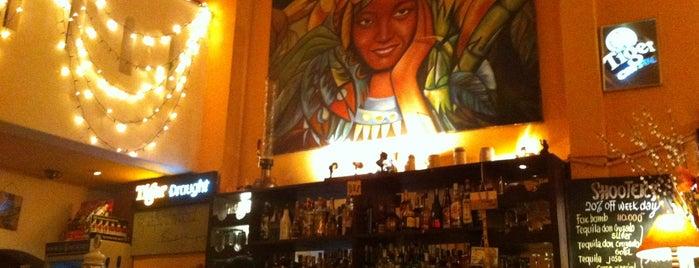 La Habana is one of Bar.