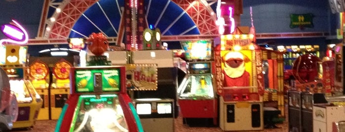 Great Canadian Midway is one of Arcades and Fun Places.