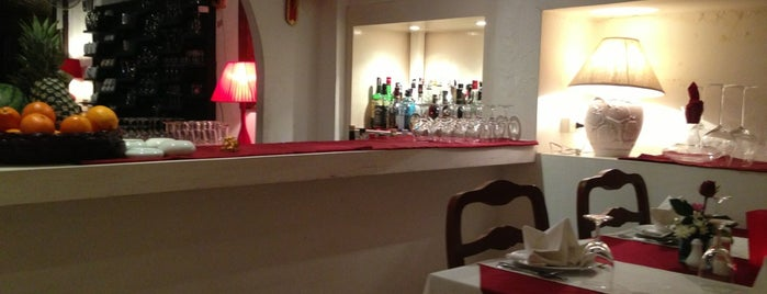 La Taverna is one of Ko Samui Paradise = Peter's Fav's.