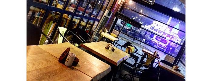 Hi Coffee is one of Konya'da Café ve Yemek Keyfi.