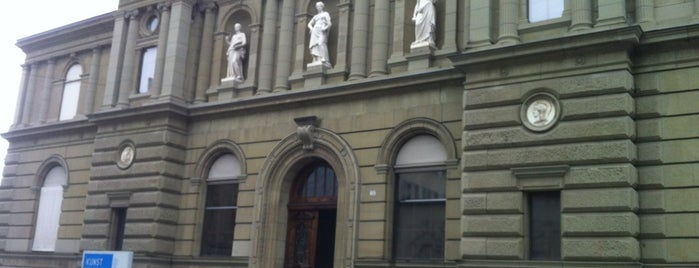 Kunstmuseum Bern is one of Gratis ins Museum.