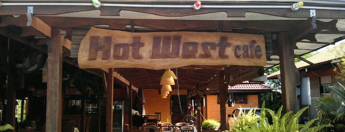 Hot West Cafe is one of Makan @ Utara #2.