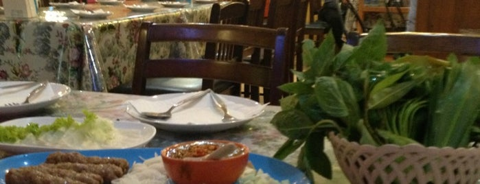 Vietnam House is one of Favorite Food.