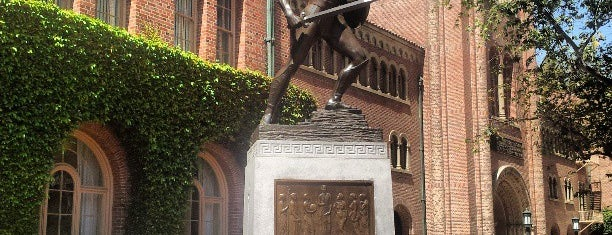 University of Southern California is one of NCAA Division I FBS Football Schools.