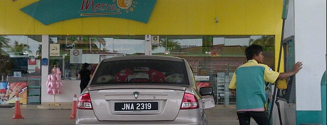 Petronas Parit Bintang is one of Fuel/Gas Station,MY #11.