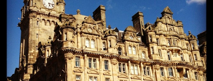 The Balmoral Hotel is one of Harry Potter sights.