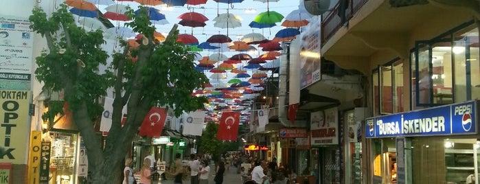 Dönerciler Çarşısı is one of Gezmece ve Yemece.