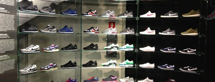 Nike Store is one of The 15 Best Sporting Goods Shops in Barcelona.