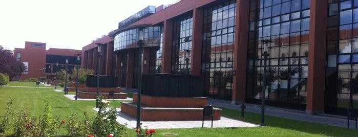 Universidad Carlos III de Madrid - Campus de Getafe is one of Tania.