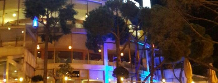 Pinhan Cafe & Restaurant is one of Yemede yanında yat....