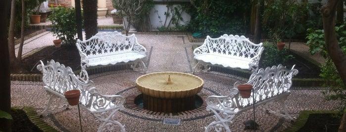 Hotel Conquistador **** is one of Donde comer y dormir en cordoba.
