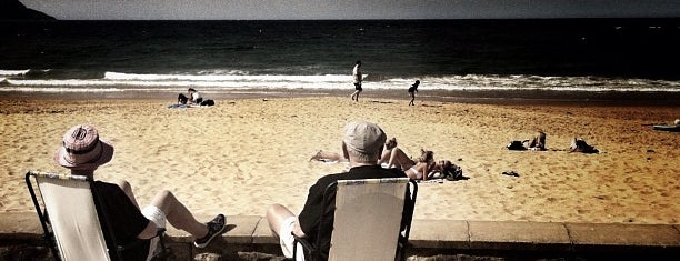 Terrigal Beach is one of Must do.