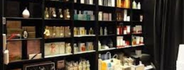 Cosmeticary is one of To (Beauty-) Shop.