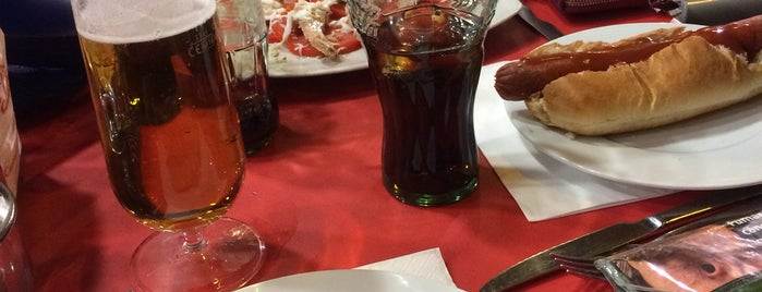 Cafetería Restaurante Galatea is one of Rincones madrileños..