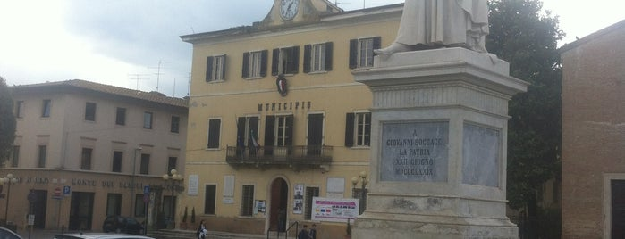 Piazza Boccaccio is one of Best places in Firenze, Italia.